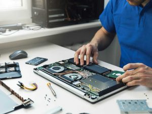 Laptop Screen Repair Service