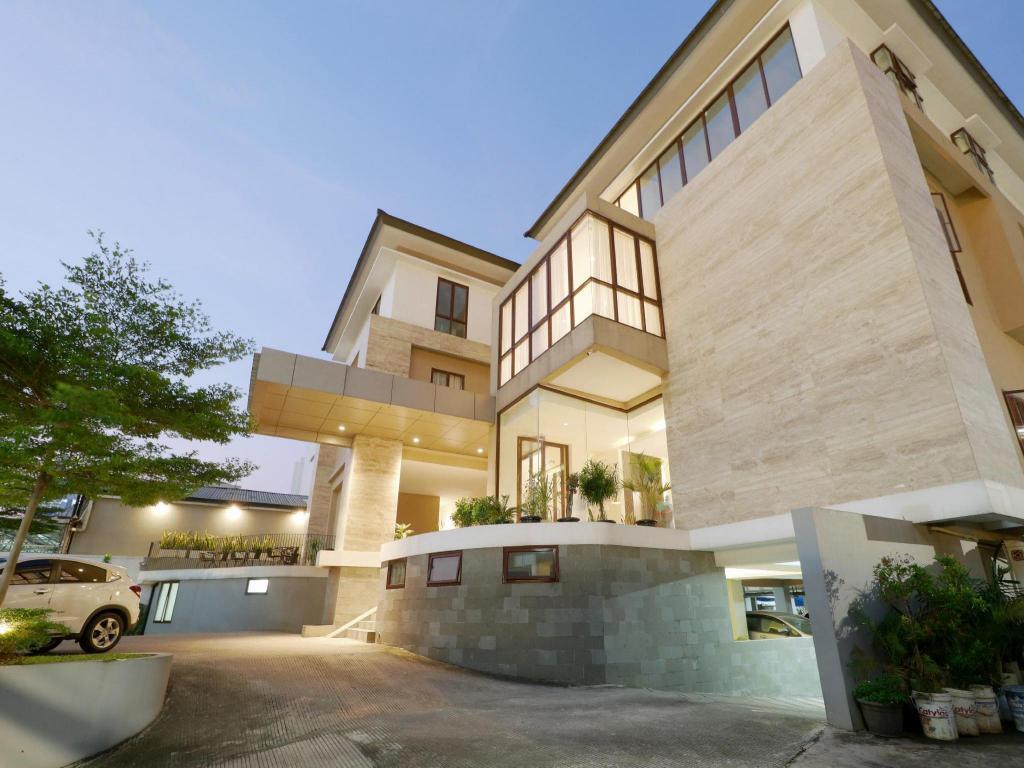 The Ryse Residences Condo